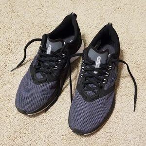 Nike Zoom Strike size 9.5
